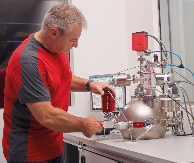 Kalibrierung von Messgeräten und Helium-Testlecks
