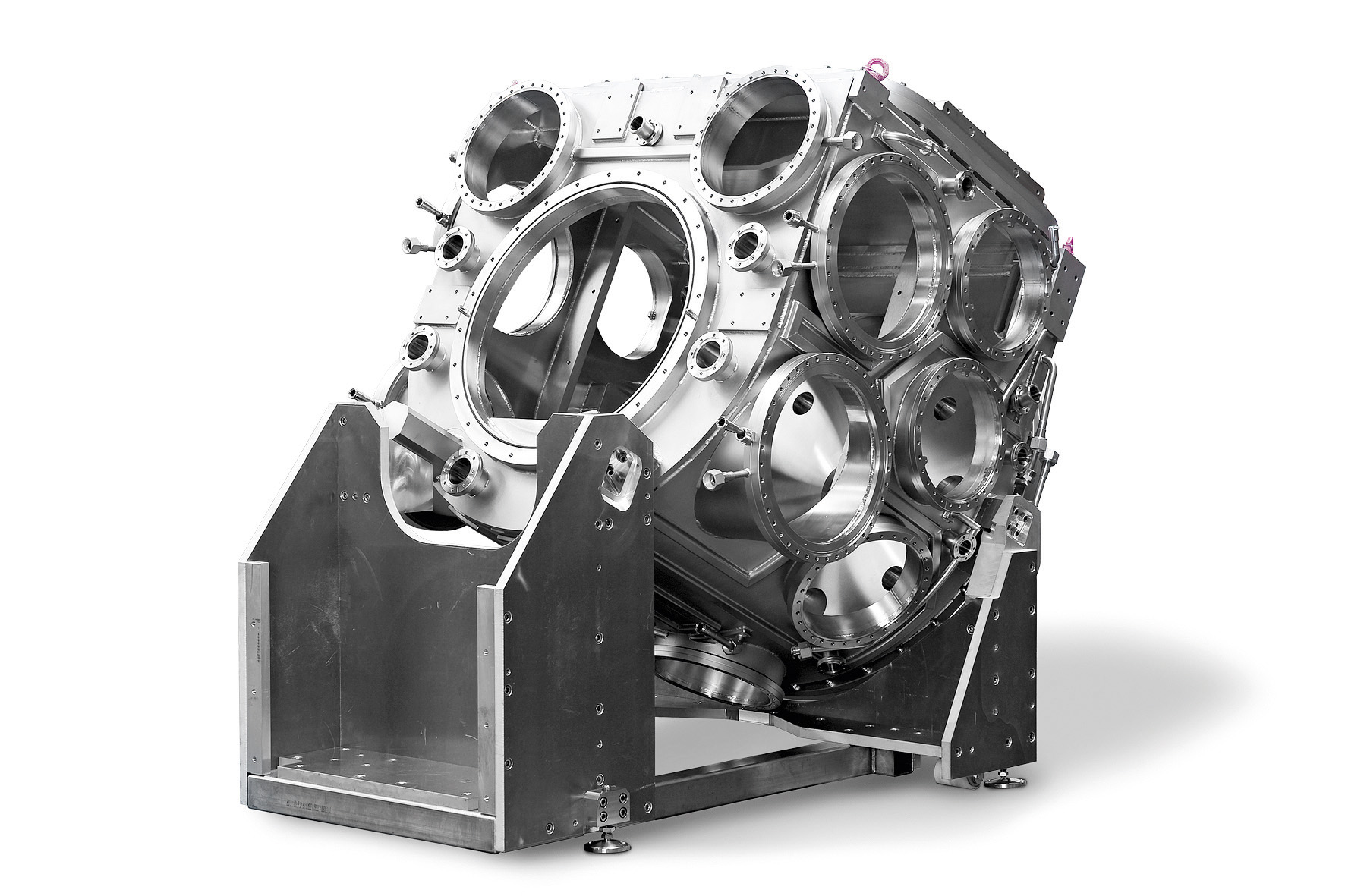 EUV source chamber with cooling profiles 						and  water-cooled flanges